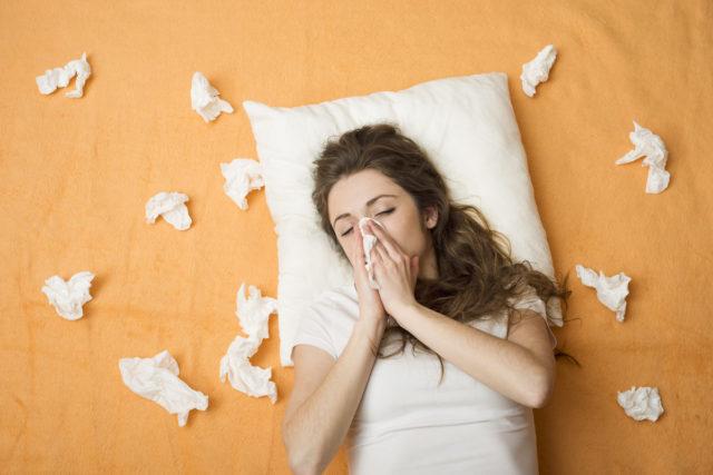 příznaky nachlazení a chřipky