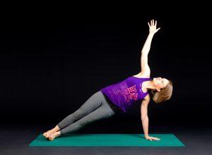 jóga při menstruaci, které cviky