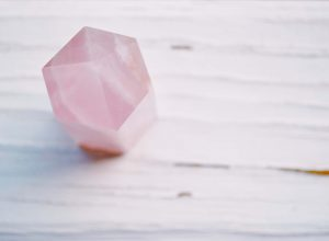 jak používat krystaly doma růženín